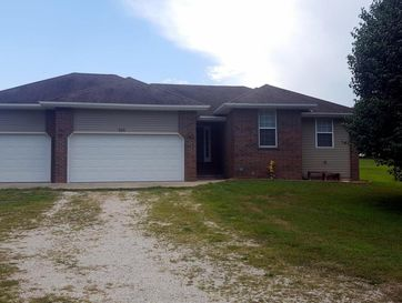 934 Hawthorne Road Highlandville, MO 65669 - Image 1