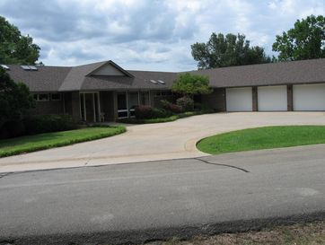 289 Water Point Lane Reeds Spring, MO 65737 - Image 1
