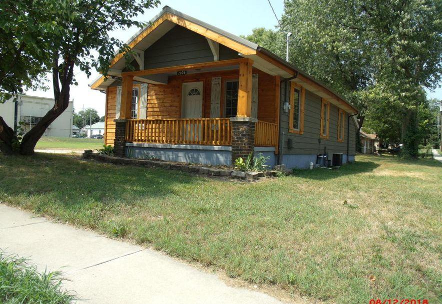 2029 North Nettleton Avenue Springfield, MO 65803 - Photo 2