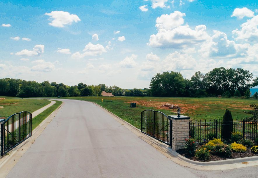 714 South Thornridge Drive Lot 48 Springfield, MO 65809 - Photo 1