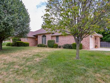 945 East National Place Boulevard Springfield, MO 65810 - Image 1