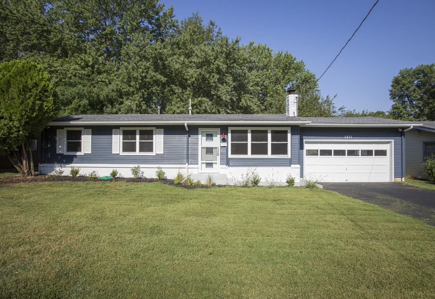 1311 South Belcrest Avenue Springfield, MO 65804 - Photo 1