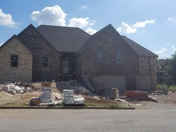 102 Ironwood Drive Republic, MO 65738 - Image 1