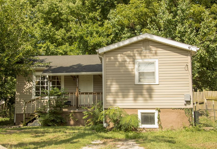 2243 North Lyon Avenue Springfield, MO 65803 - Photo 2