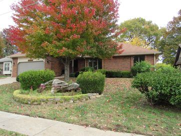 2272 South Laurel Avenue Springfield, MO 65807 - Image 1