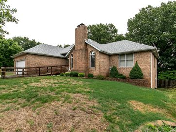 2526 South Chapel Drive Springfield, MO 65809 - Image 1