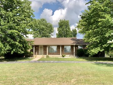 530 North Elm Street Marshfield, MO 65706 - Image 1