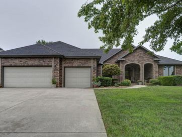956 East Ironbridge Circle Springfield, MO 65810 - Image 1