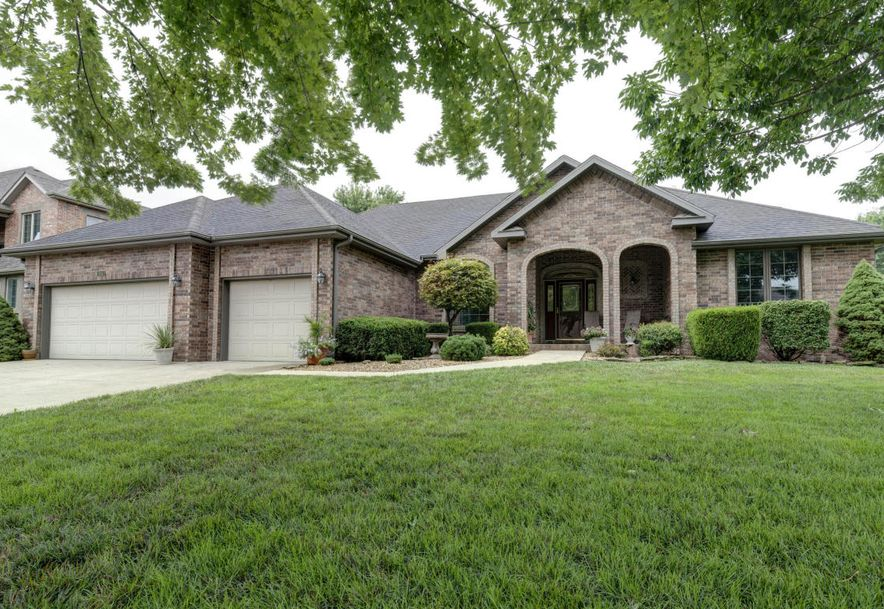 956 East Ironbridge Circle Springfield, MO 65810 - Photo 2
