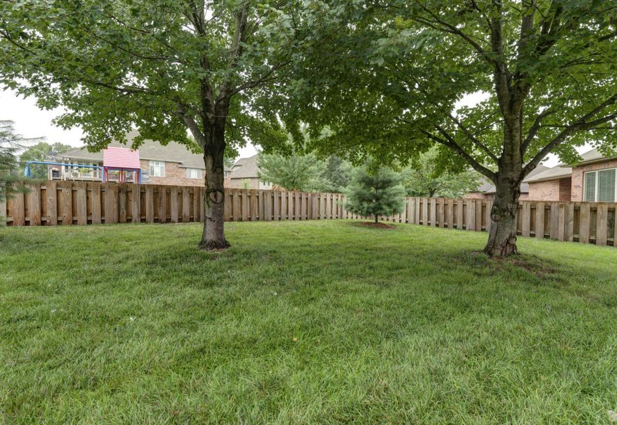 956 East Ironbridge Circle Springfield, MO 65810 - Photo 29