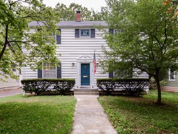 921 South Pickwick Avenue Springfield, MO 65804 - Image 1