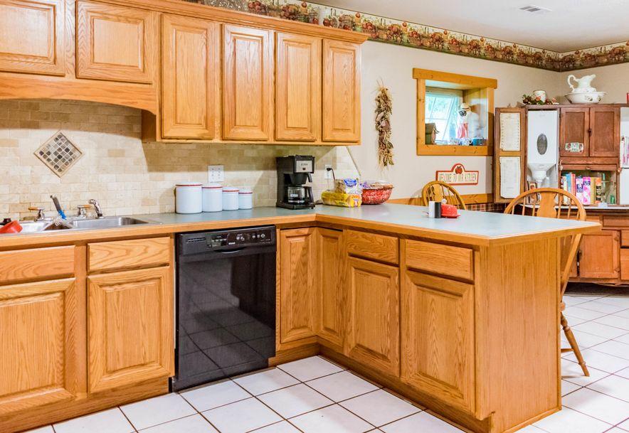 743 Pardon Road Marionville, MO 65705 - Photo 32