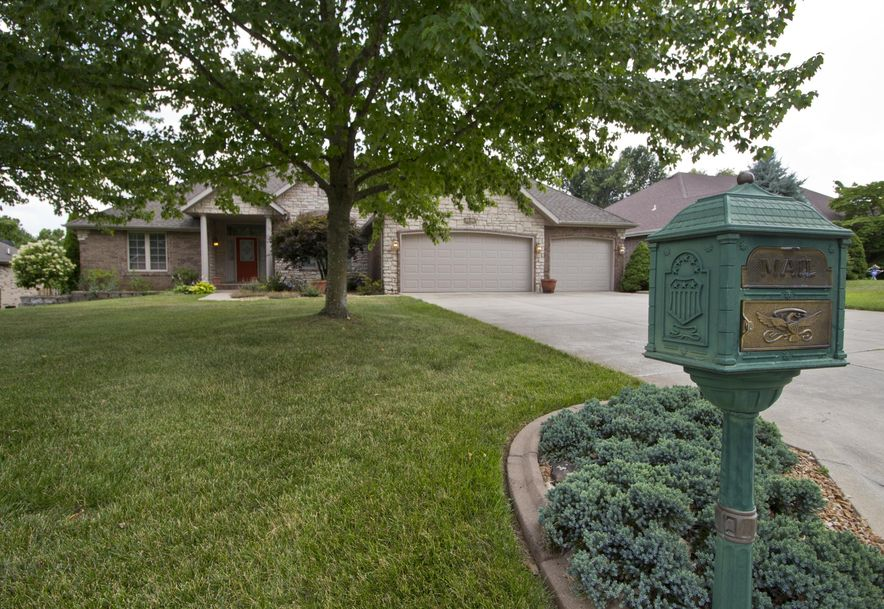 4160 East Windsong Street Springfield, MO 65809 - Photo 2