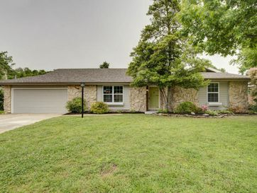 715 East Highpoint Street Springfield, MO 65810 - Image 1
