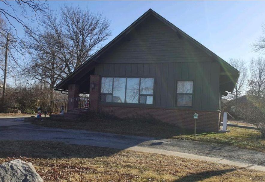 3330 West 20th Joplin, MO 64804 - Photo 2