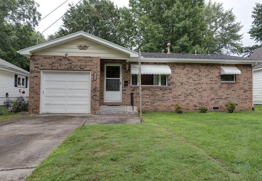 2610 North Kellett Avenue Springfield, MO 65803 - Photo 2