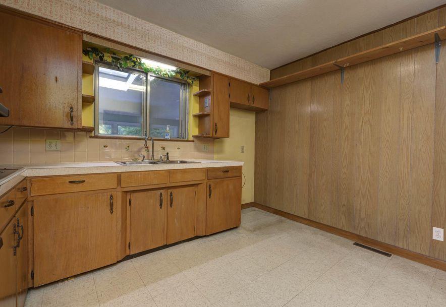 2610 North Kellett Avenue Springfield, MO 65803 - Photo 6