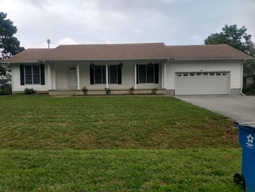 306 Mitchell Avenue Clever, MO 65631 - Image 1
