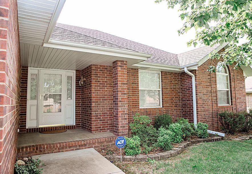 3715 South Swan Avenue Springfield, MO 65807 - Photo 2
