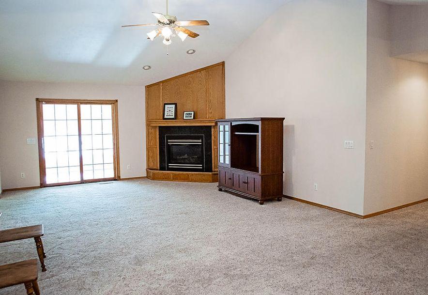 3715 South Swan Avenue Springfield, MO 65807 - Photo 5