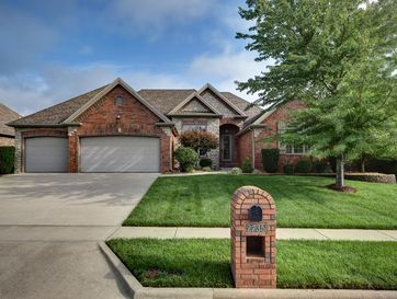 2735 East Woodford Street Springfield, MO 65804 - Image 1