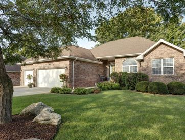 3189 South Woodstock Avenue Springfield, MO 65809 - Image 1