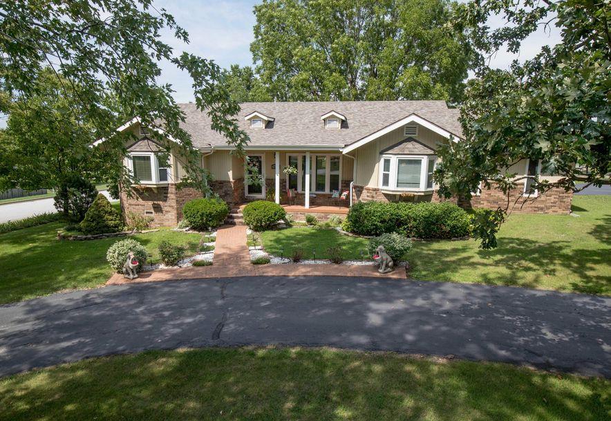 627 Julian Street Marshfield, MO 65706 - Photo 3