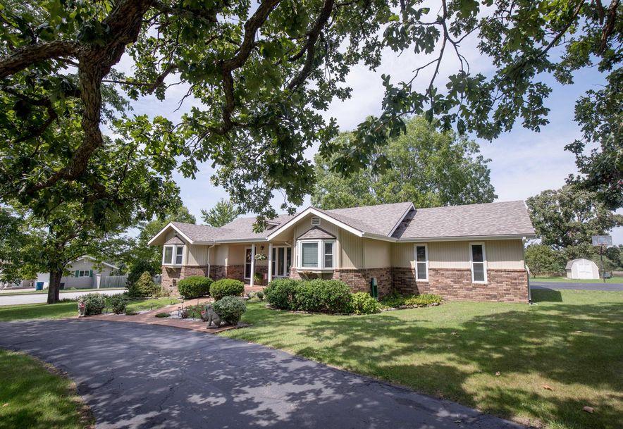 627 Julian Street Marshfield, MO 65706 - Photo 6