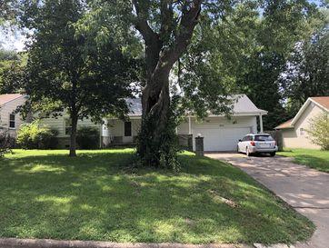 1717 South Sagamont Avenue Springfield, MO 65807 - Image