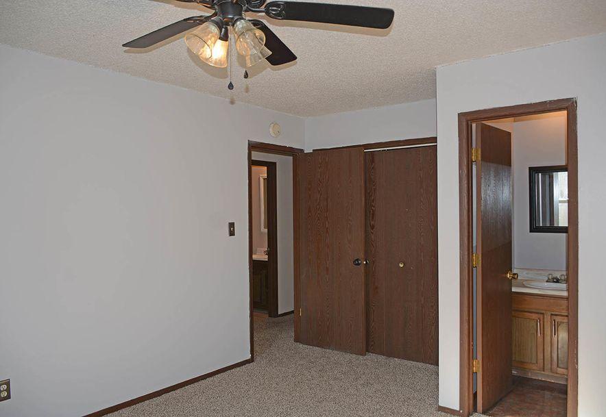 2630 North Summit Avenue Springfield, MO 65803 - Photo 12