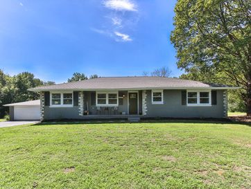 4912 East Farm Rd 170 Rogersville, MO 65742 - Image 1