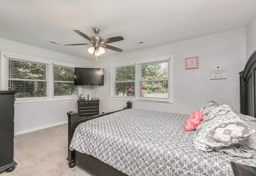 4912 East Farm Rd 170 Rogersville, MO 65742 - Photo 19