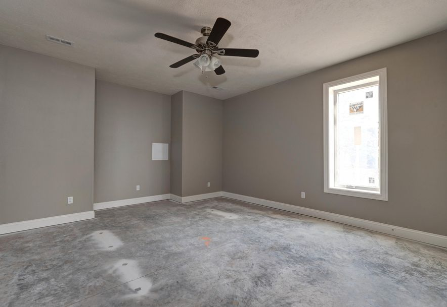 943 South Hickory Trace Court Springfield, MO 65809 - Photo 27