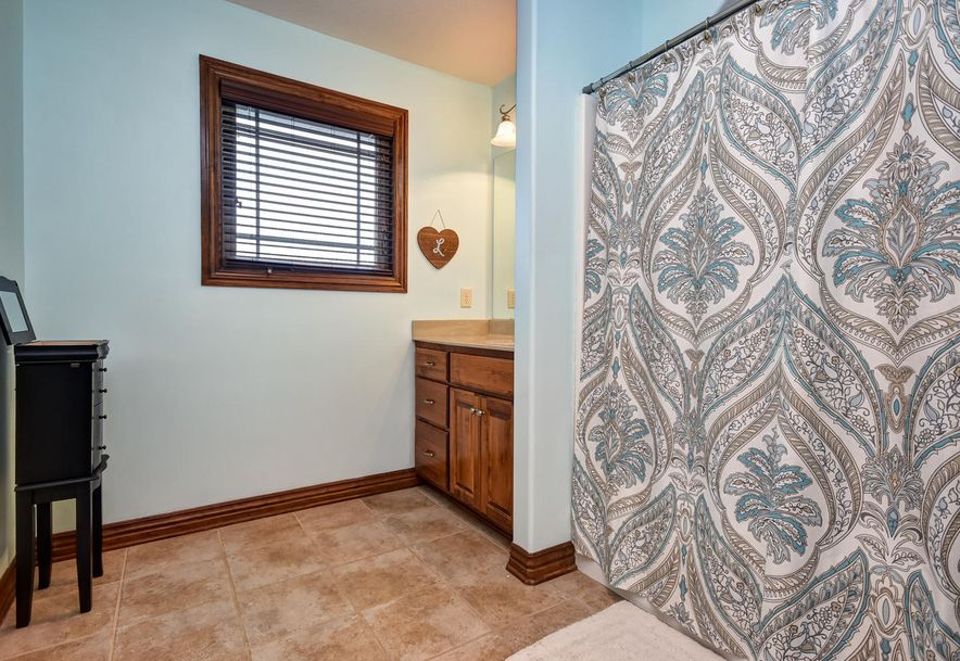 3220 West High Point Street Springfield, MO 65810 - Photo 24