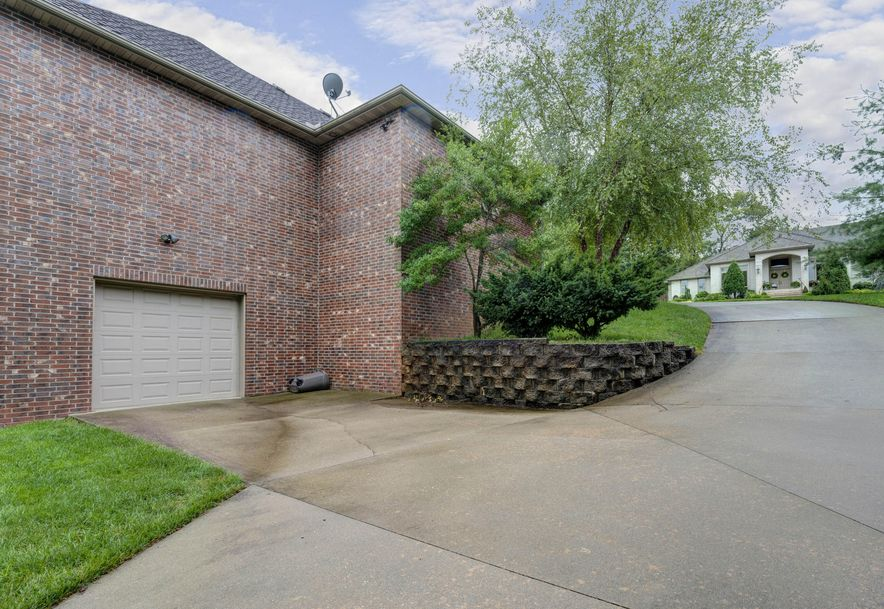 2303 East Briar Street Springfield, MO 65804 - Photo 29
