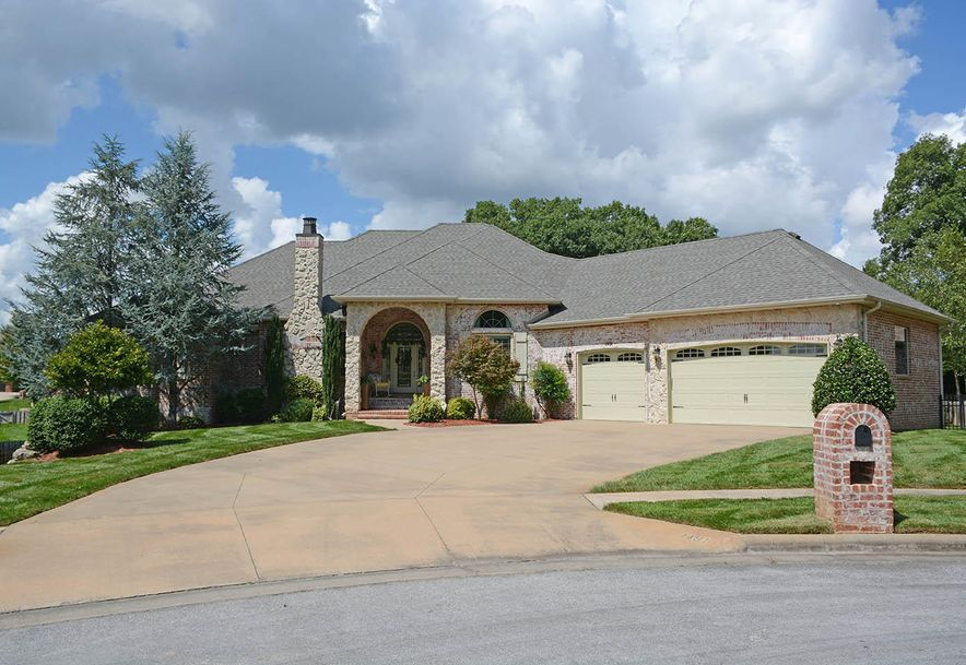 1491 East Wilder Drive Springfield, MO 65804 - Photo 2