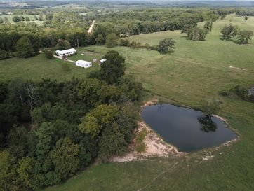 6040 Johnston Road Norwood, MO 65717 - Image 1