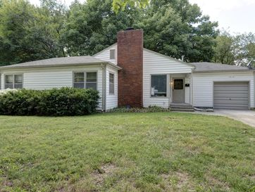 1515 South Kentwood Avenue Springfield, MO 65804 - Image 1