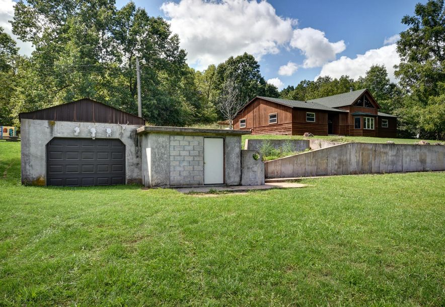 12039 Lawrence 1212 Mt Vernon, MO 65712 - Photo 32