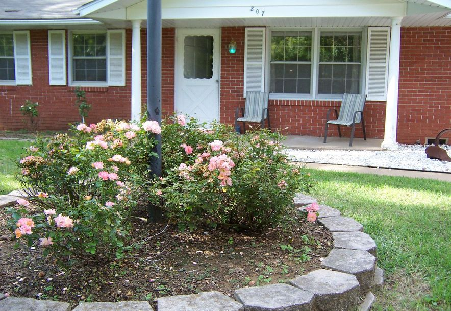 807 West Rockwood Street Springfield, MO 65807 - Photo 1