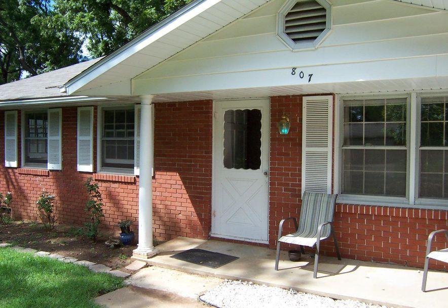 807 West Rockwood Street Springfield, MO 65807 - Photo 2