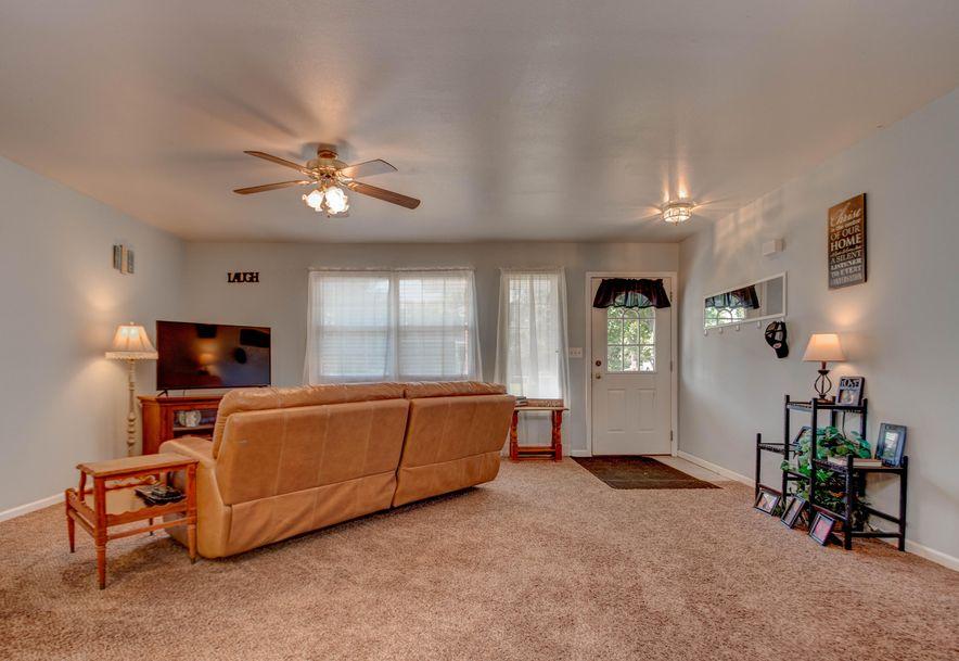 507 East Sunset Stockton, MO 65785 - Photo 9