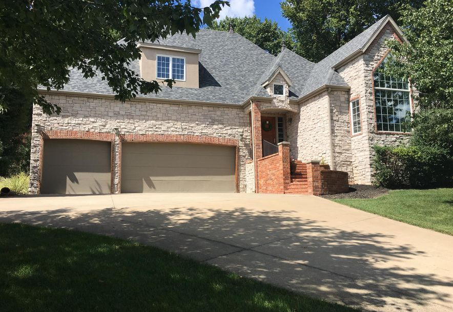 1477 West Oakville Road Springfield, MO 65810 - Photo 2