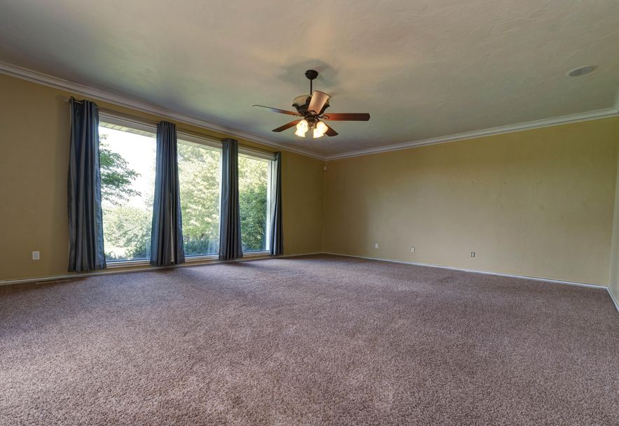 3695 East Turtle Hatch Road Springfield, MO 65809 - Photo 32