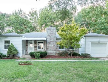 1425 South Kentwood Avenue Springfield, MO 65804 - Image 1