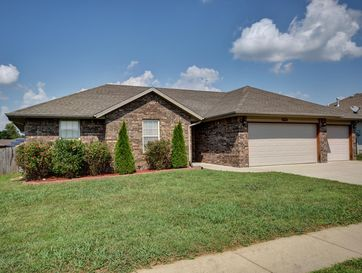 4441 West Montreal Street Springfield, MO 65802 - Image 1