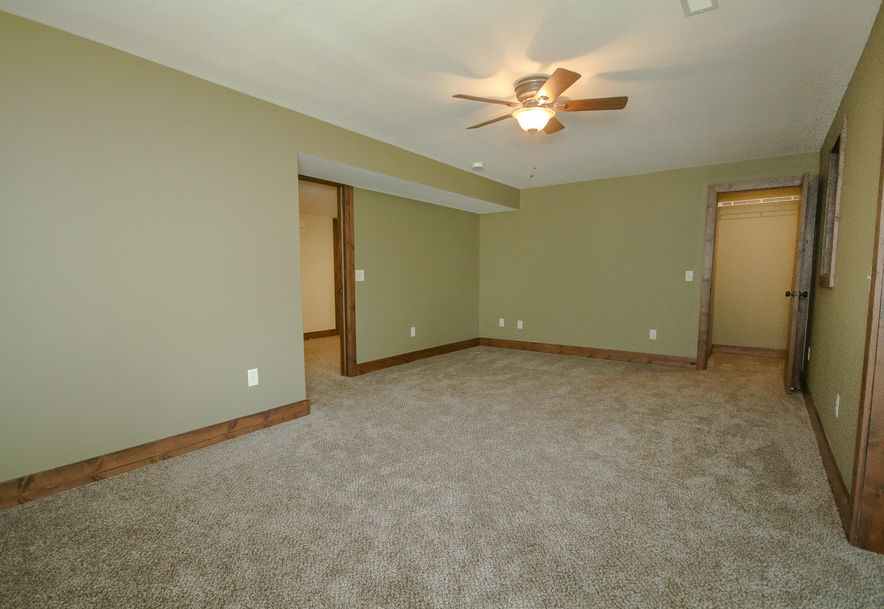 5908 South Hilltop Drive Springfield, MO 65810 - Photo 37