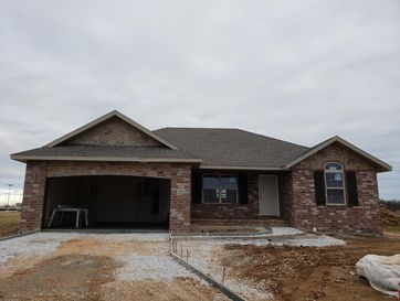 206 Riverdown Street Clever, MO 65631 - Image 1