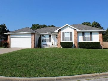119 North Carter Court Clever, MO 65631 - Image 1