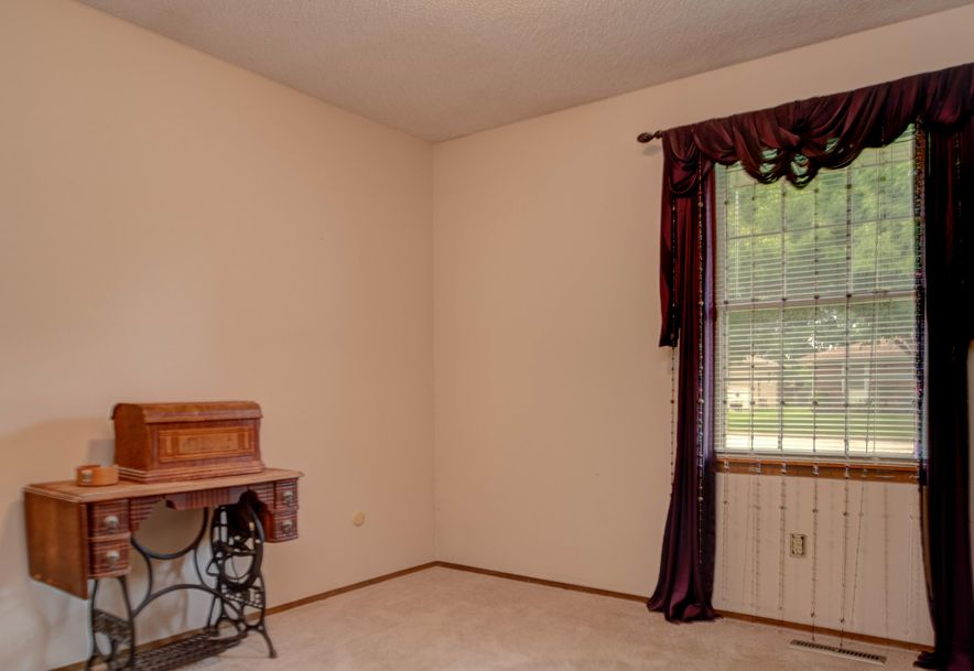 3640 South Hillcrest Avenue Springfield, MO 65807 - Photo 19